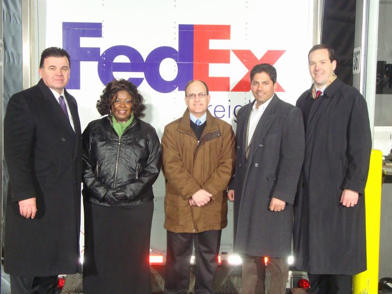 5 FedEx Employees